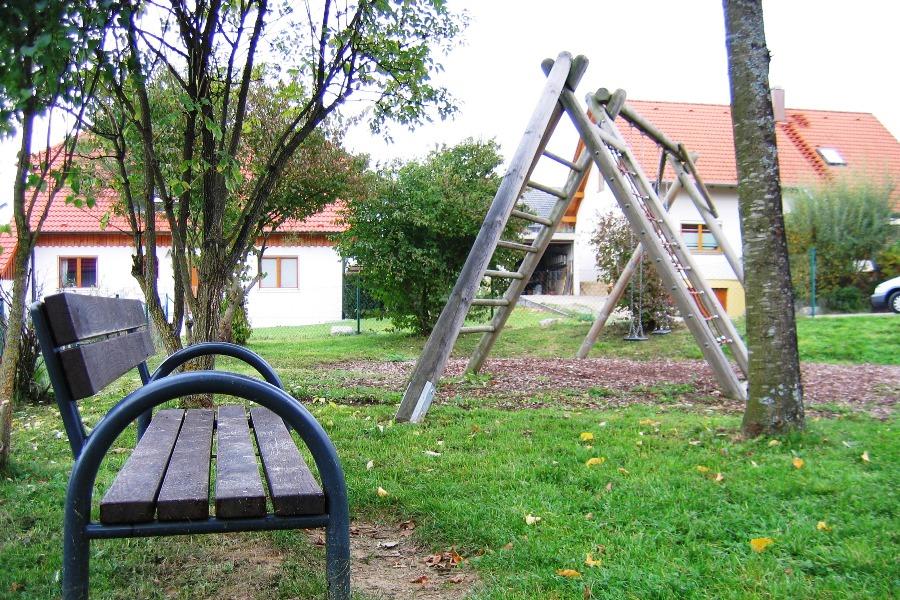 """Bildechingen Spielplatz """"Weissdornweg"""""""